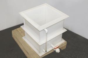 Емкость полипропиленовая для хранения дистиллированной воды в открытом виде