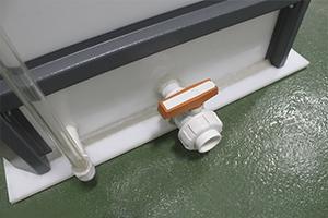 Фото крана для управления напором кислоты