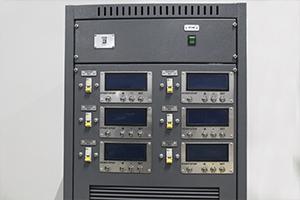 Панель управления зарядно-разрядного комплекса для АКБ