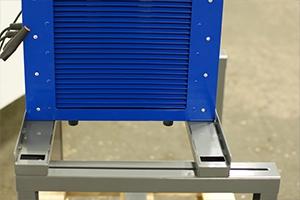 Фото подставки для зарядно-разрядного  устройства Зевс-30A.32B.R30A