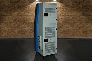 Многоканальное зарядно-разрядное устройство серии Зевс-Авиа-М-Р вид сзади