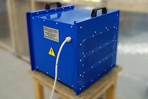 Вентиляционные отверстия зарядно-разрядного устройства серии Зевс-Р
